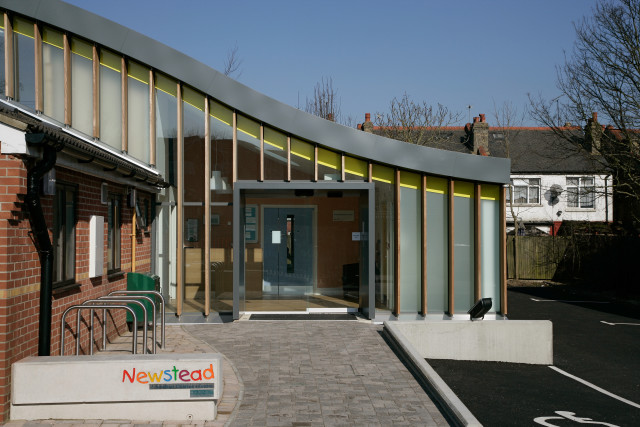Newstead Children's Centre main entrance