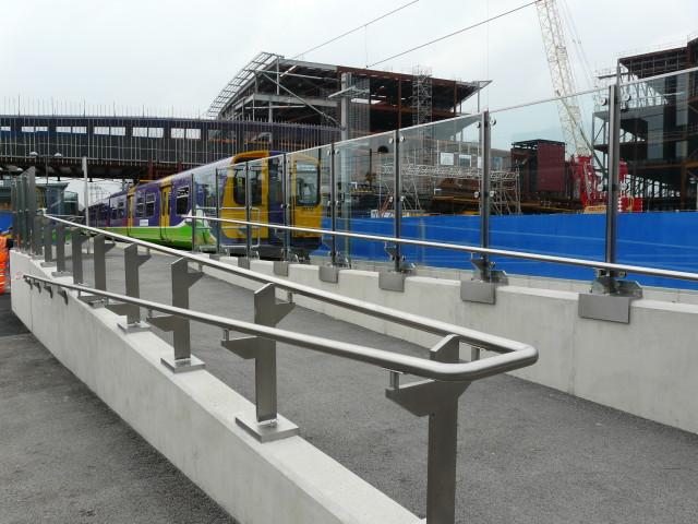 Platform interchange ramp