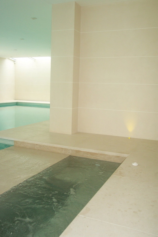 Bathing Pool Jacuzzi Detail